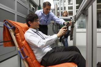 Seat concept Space Comfort Shell - Development (10/2009)