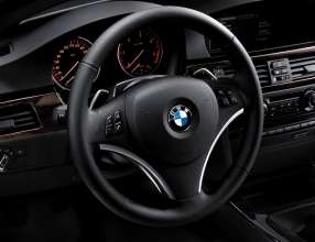 The new BMW 3 Series Coupé and Convertible - steering wheel (01/2010)