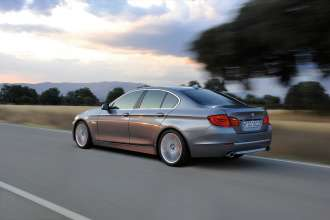 25 Years All-Wheel-Drive Expertise - BMW 5 Series Sedan model year 2010 (10/2010)