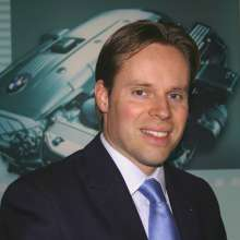 BMW Werk Steyr – Dr. Peter G. Weixelbaumer, Leiter Werks- und Unternehmenskommunikation  (12/2009)