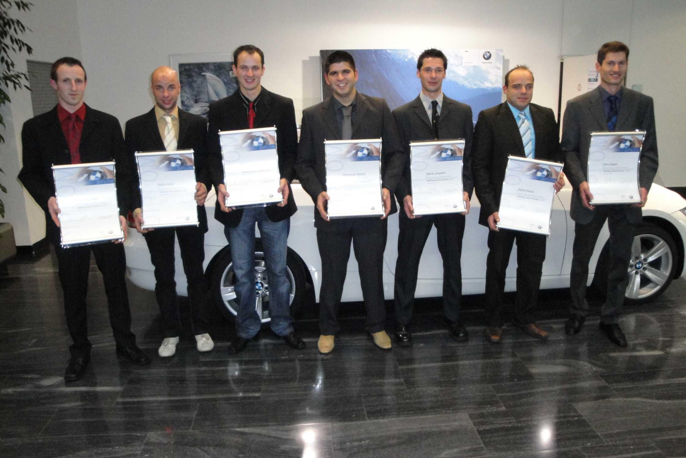 Neue bmw diplom service techniker in 2009 03 2010 bild for Bmw denzel wien