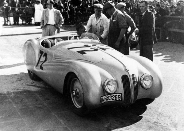 "BMW 328 ""Mille Miglia"" Roadster at the Grand Premio Brescia delle Mille Miglia , April 28, 1940 (03/2010)"