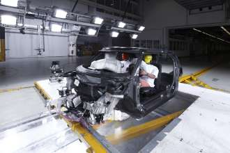 Experimental vehicle platform with body in white structure made from CFRP (06/2010)