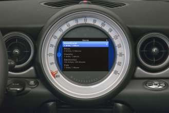 iPod Out genre menu in MINI Center Speedo display (07/2010).