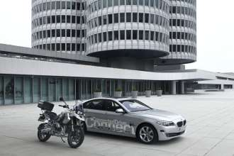 Research for BMW ConnectedDrive and BMW Motorrad ConnectedRide - research vehicles with innovative sensor technology of BMW Group Research and Technology (10/2010)