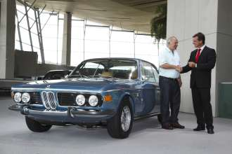 Its Classic 3.0 >> Bmw 3 0 Csi Premieres At The Bmw Welt The First Full