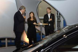 Adrian van Hooydonk, Senior Vice President BMW Group Design, Werner Husmann, Director Marketing & Sales Steinway & Sons and presenter Sandra Voss at the BMW Individual 7 Series Composition inspired by Steinway & Sons Launch (11/2010).