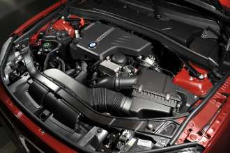 The new BMW X1 xDrive28i with TwinTurbo Power Technology (01/2011)