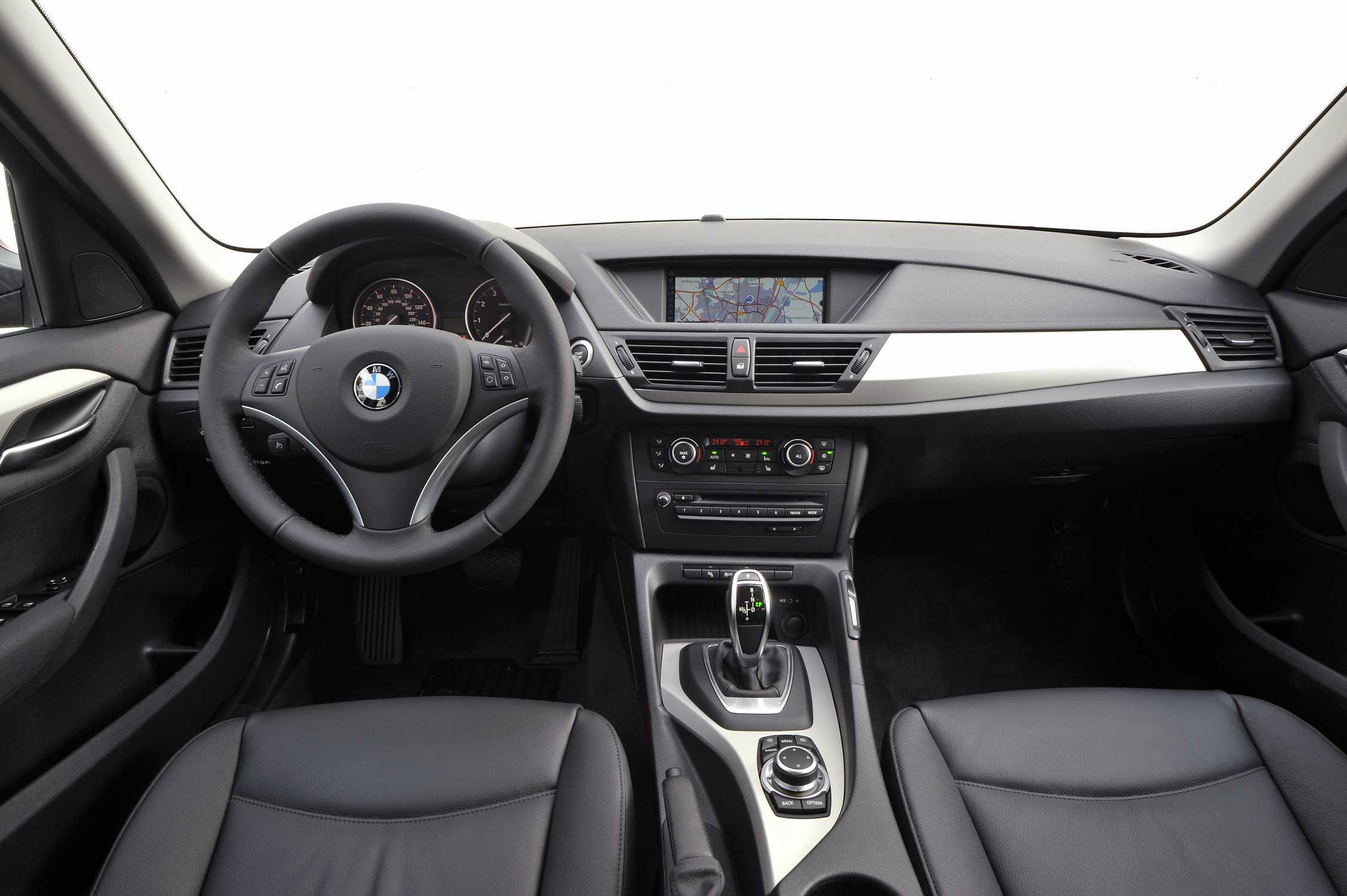 The new BMW X1 xDrive28i with 8Speed Automatic transmission 012011