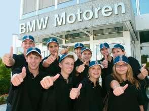 Lehrlinge im BMW Werk Steyr (01/2011)
