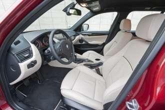 The new BMW X1 xDrive28i. (02/2011)