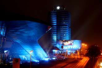Video projection of BMW Welt and BMW Museum for the Launch of BMW i (02/2011).