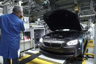 Production BMW 6 Series Coupe, BMW Plant Dingolfing (03/20011).