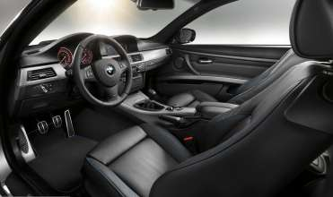 Sporty and professional: interior of the BMW 3 Series Coupé with M Sports Edition (07/2011)