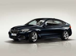 BMW 5 Series Gran Turismo with M Sport Package - Exterior (07/2011).