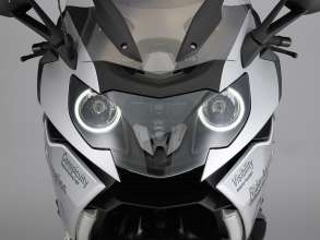 BMW Motorrad ConnectedRide. Advanced Safety Concept. Daytime Riding Light  (07/2011)