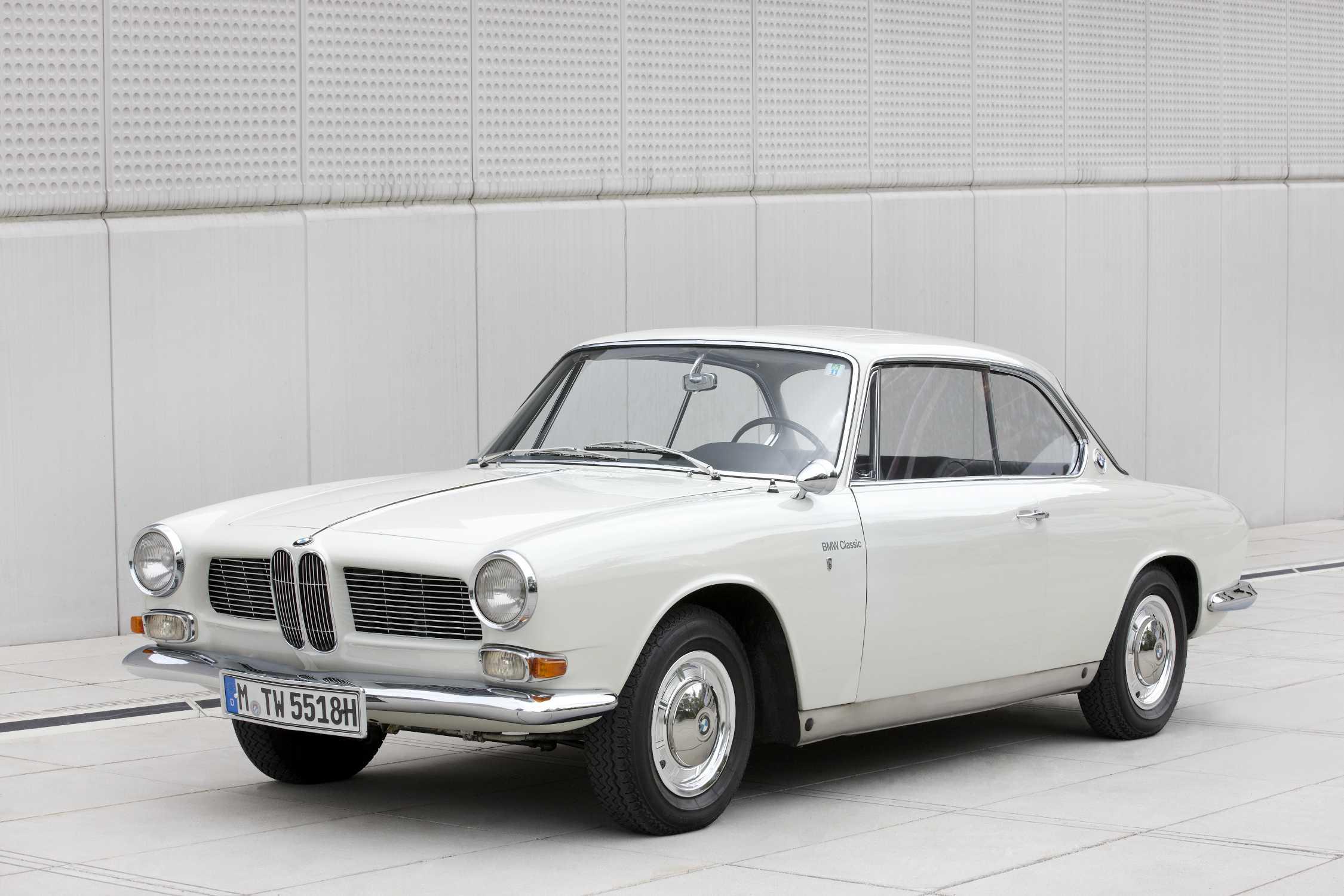 Der BMW 3200 CS Bertone, Baujahr 1965 - Exterieur (07/2011).