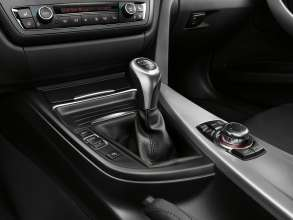 New BMW 3 Series: Manual gearbox selector lever (10/2011)