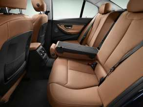 New BMW 3 Series: Rear seats Luxury Line (10/2011)