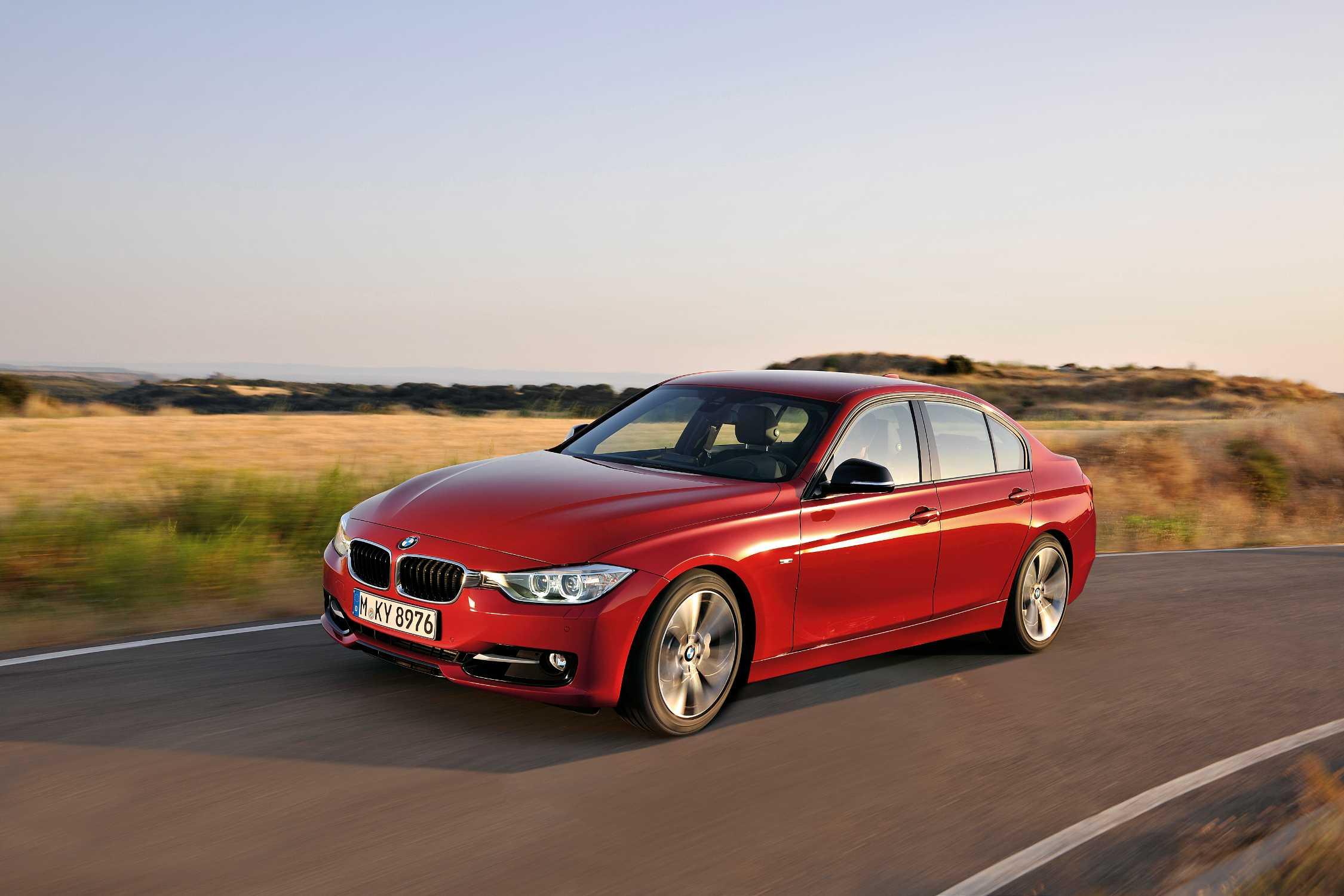 The new BMW 3 Series Sedan, Sport Line (10/2011)