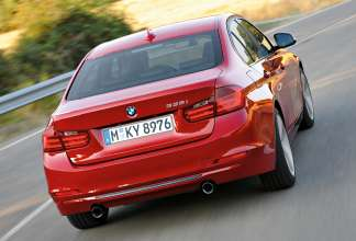 The new BMW 3 Series Sedan, Sport Line (10/2011)