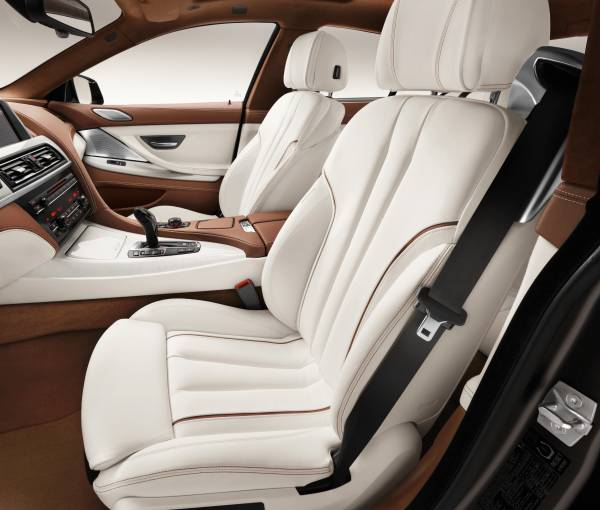 The new BMW 6 Series Gran Coupe, Interior: Lightweight seats, BMW Individual full-leather trim Opal White with Amaro Brown (12/2011).