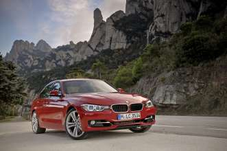 The new BMW 3 Series Sedan - Sport Line, On-location (11/2011)