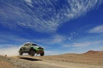Stephane Peterhansel MINI ALL4 Racing at the Dakar 2012 (01/2012)