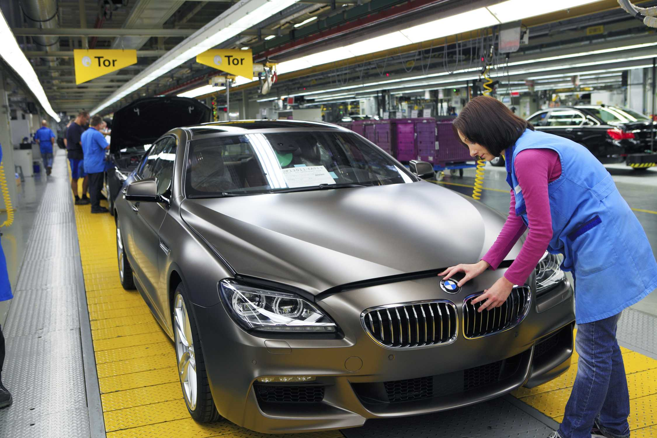 Bmw Plant Dingolfing Assembly Bmw 6 Series Gran Coupe
