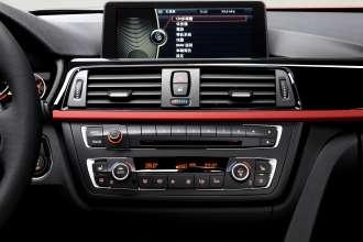 Die neue BMW 3er Limousine Langversion, iDrive-Monitor serienmäßig  (04/2012)