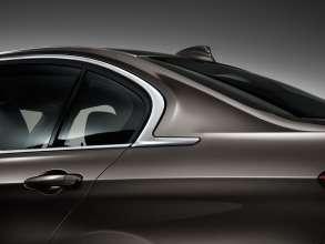 Die neue BMW 3er Limousine Langversion, Chromspange an der C-Säule (04/2012)