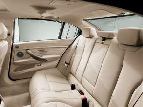 Die neue BMW 3er Limousine Langversion, Mehr Sitzkomkomfort im Fond (04/2012)