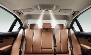 Die neue BMW 3er Limousine Langversion, Kardanische Dach-Leseleuchten (04/2012)