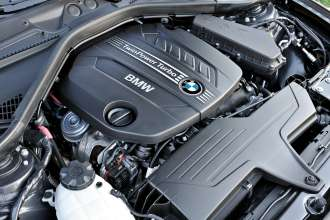 BMW 4-cylinder diesel engine with TwinPower Turbo (05/2012)