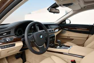 The new BMW 7 Series: Interior (05/2012)