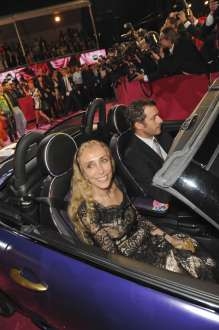 Life Ball MINI 2012 designed by Franca Sozzani on the Red Carpet. (05/2012)