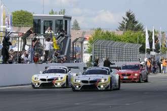 17.05.2012 to 20.05.2012, Nürburgring (DE), Jörg Müller (DE), Dirk Müller (DE), Uwe Alzen (DE), Dirk Adorf (DE), No 19, BMW Team Schubert, BMW Z4 GT3, Claudia Hürtgen (DE), Dominik Schwager (DE), Nico Bastian (DE), Dirk Adorf (DE), No 20, BMW Team Schubert, BMW Z4 GT3, ADAC Zurich 24h Rennen. BMW Team Schubert Formation Race Finish. This image is Copyright free for editorial use © BMW AG