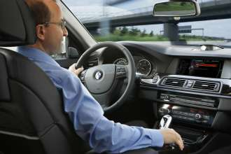 BMW ConnectedDrive, message dictation function (07/2012)