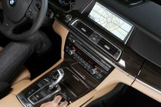 BMW ConnectedDrive, New generation Navigation system Professional, BMW iDrive Touch (07/2012)