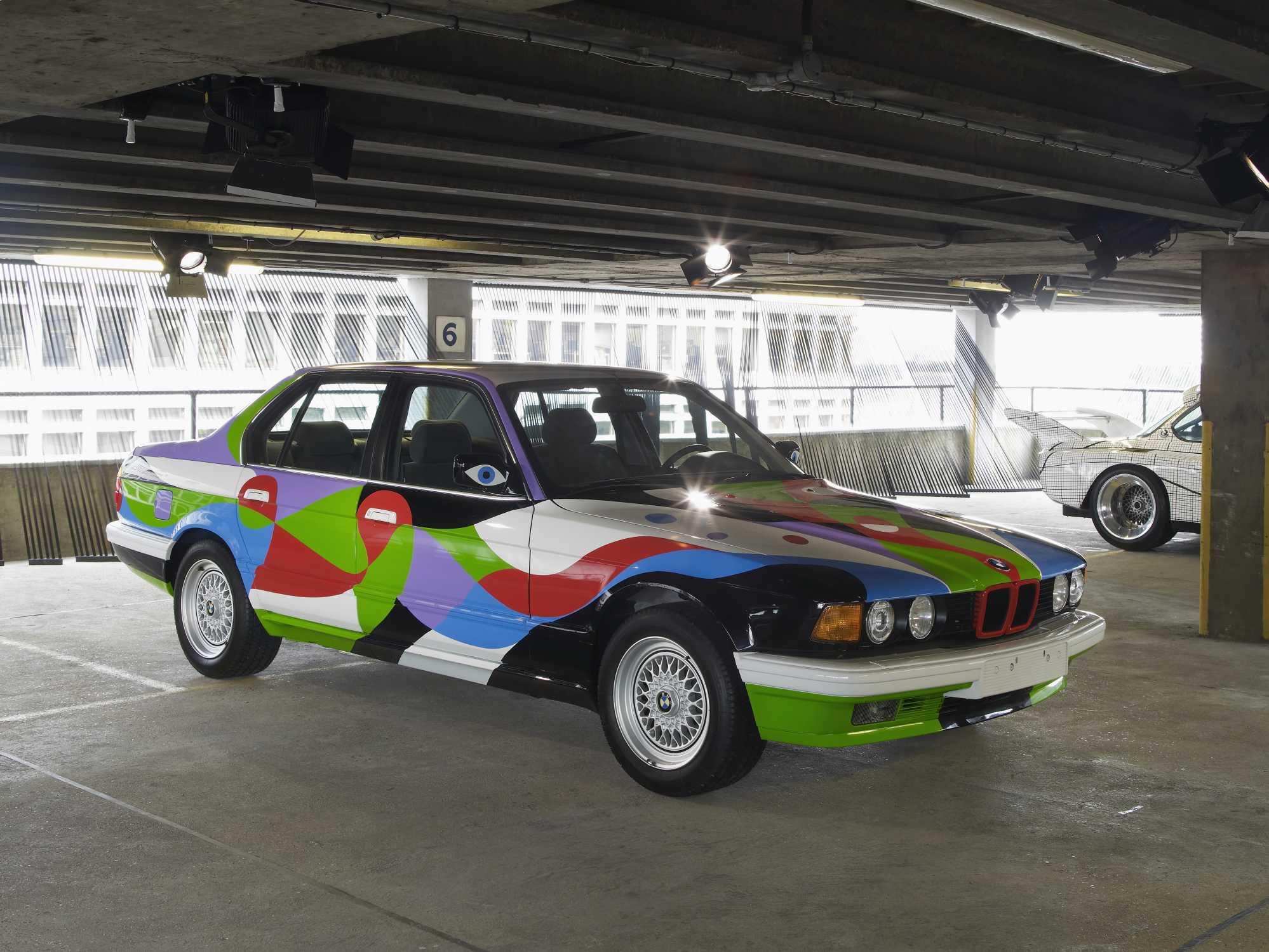 Cesar Manrique BMW 730i 1990
