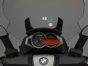 BMW Motorrad ConnectedRide - Urban Safety Concept (C 650 GT) – Visualization of the Traffic light assistant, speed limit information and the current velocity in the Head-Up Display (10/2012)