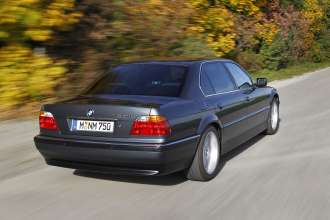 25 years of BMW 12-cylinder engines - BMW 750iL (E38). (10/2012)