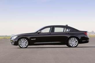 25 years of BMW 12-cylinder engines - BMW 760Li. (10/2012)