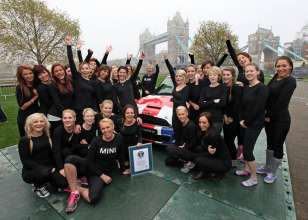 Guinness World Record, Thursday November 15, 2012. (11/2012)