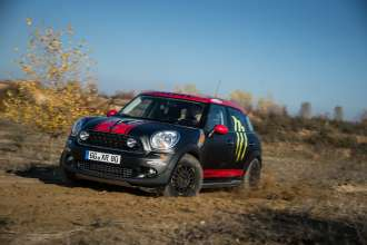 MINI Countryman X-raid service vehicle (11/2012)