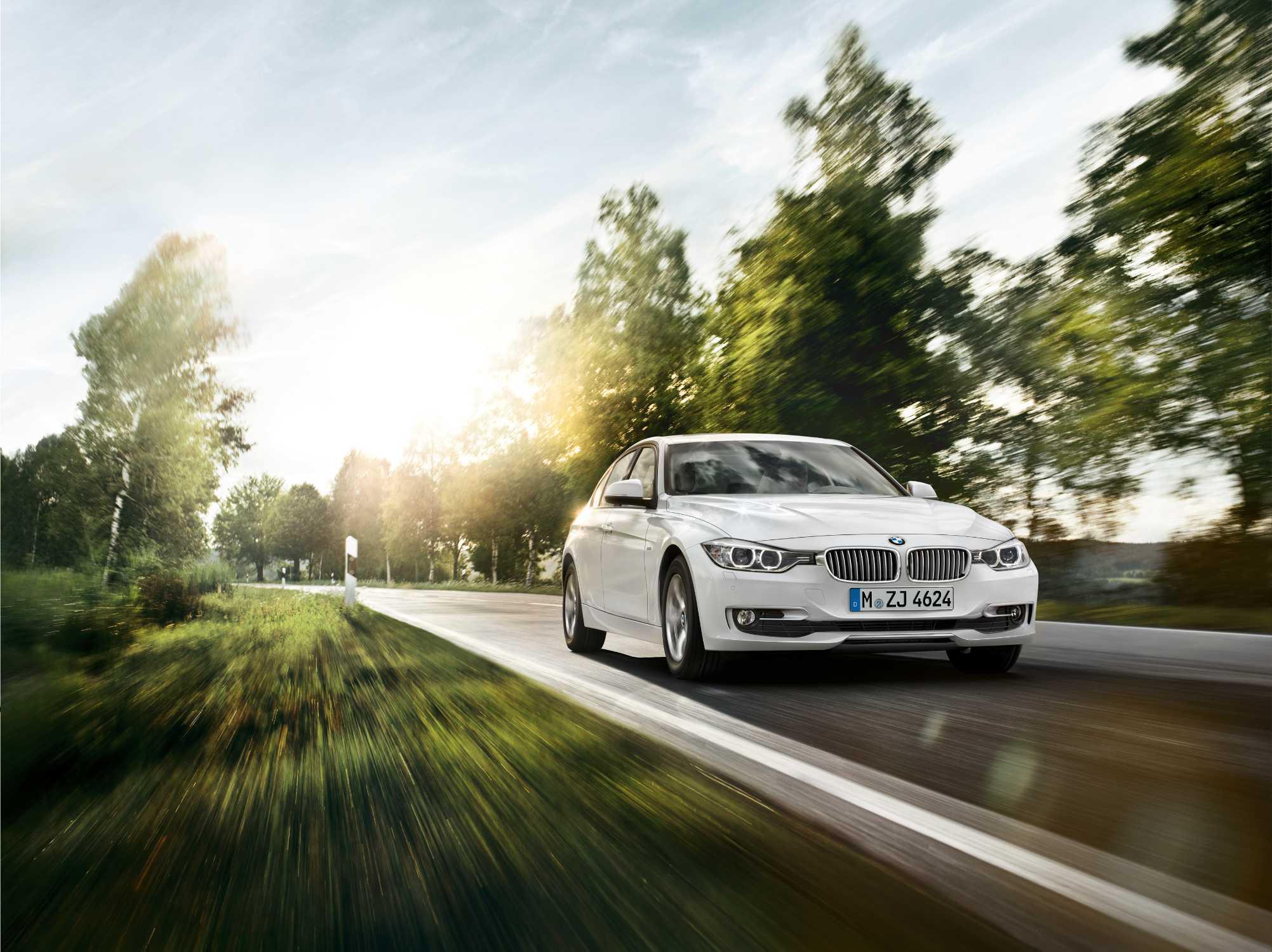 BMW 320i EfficientDynamics