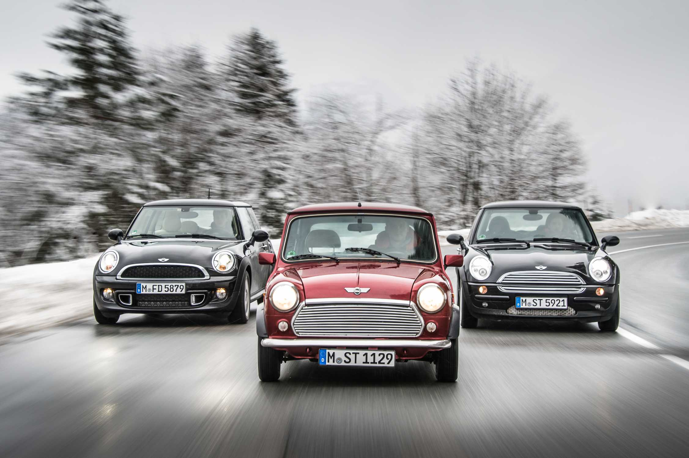 Three Generations Of Driving Fun The Mini Cooper And S Through Years