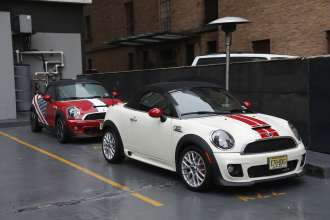 MINI Cooper S Roadster and MINI John Cooper Works Roadster (USA) (01/2013)
