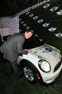 MINI goes Grammy. After show party 2013. Neil Patrick Harris (02/2013)