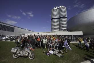 ONE WORLD. ONE BMW R 1200 GS-Tour, Arrival at the BMW Museum (04/2013)